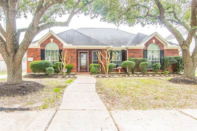 2230 Alberton Lane, Pearland, TX 77584 (MLS #22487406) :: CORE Realty