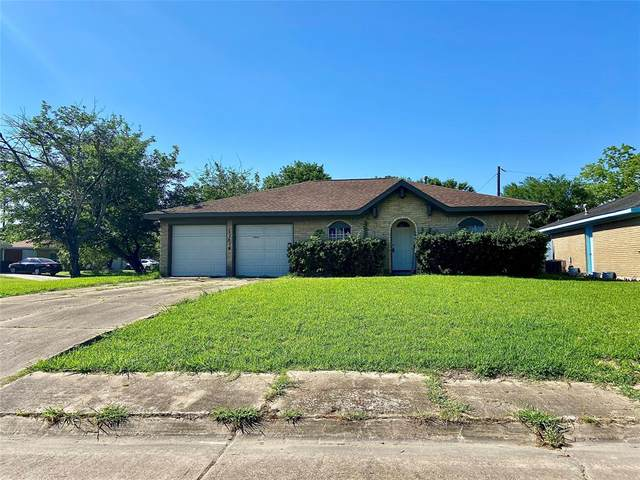 11814 Triola, Houston, TX 77072 (MLS #22527631) :: Michele Harmon Team