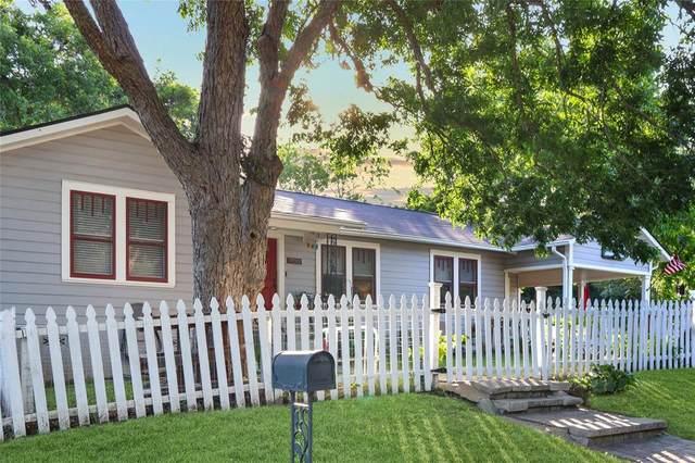 1900 S Park Street, Brenham, TX 77833 (MLS #22530437) :: Bray Real Estate Group