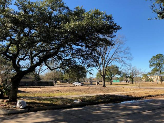 9002 Mullins Drive, Houston, TX 77096 (MLS #22632715) :: Texas Home Shop Realty