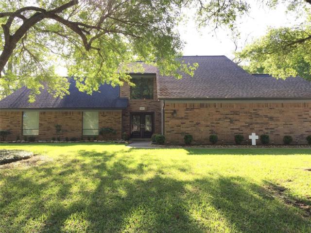 421 Huckleberry Drive, Lake Jackson, TX 77566 (MLS #22862647) :: Team Parodi at Realty Associates