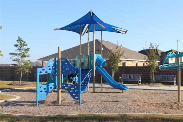 12806 White Cove Drive, Texas City, TX 77568 (MLS #22998388) :: Christy Buck Team