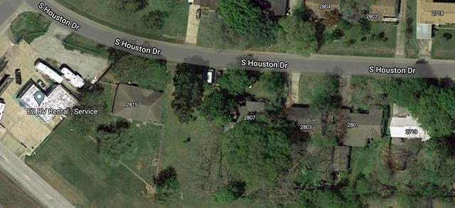 2808 S Houston Drive, La Marque, TX 77568 (MLS #23010034) :: The SOLD by George Team