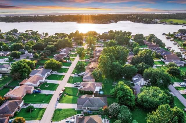 13262 Lake Breeze Lane, Willis, TX 77318 (MLS #23064710) :: The Heyl Group at Keller Williams