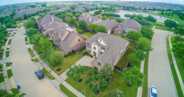 807 Newington Lane, Sugar Land, TX 77479 (MLS #23065978) :: Fanticular Real Estate, LLC