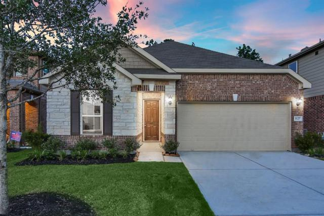 1127 Swinford Court, Conroe, TX 77304 (MLS #23099917) :: The SOLD by George Team