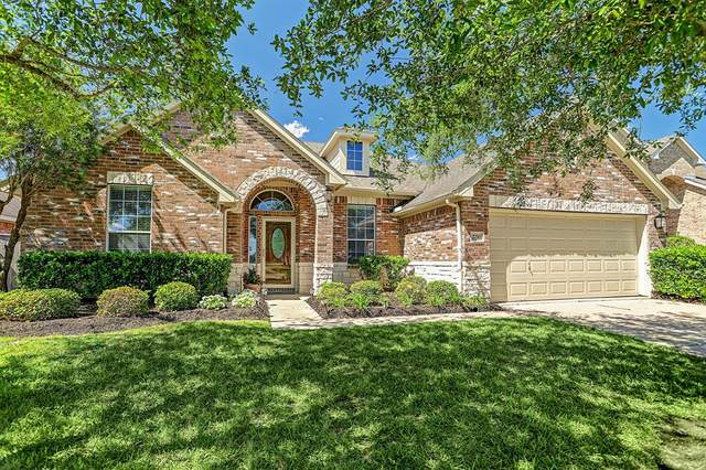 2710 Chinaberry Park Lane, League City, TX 77573 (MLS #23122438) :: The Jill Smith Team
