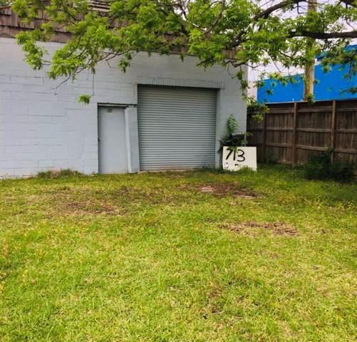 713 Berry Road, Houston, TX 77022 (MLS #23190830) :: The Jill Smith Team