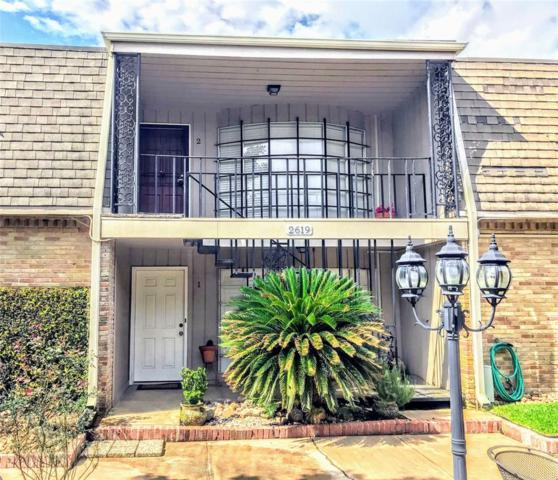 2619 Marilee Lane #2, Houston, TX 77057 (MLS #23231837) :: Christy Buck Team