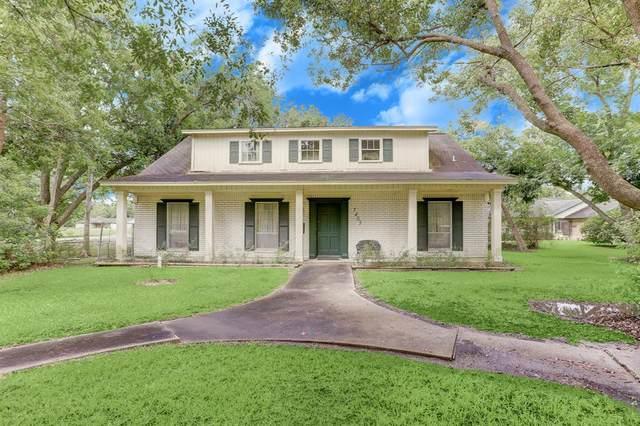 7403 Haywood Drive, Houston, TX 77061 (MLS #2328750) :: Michele Harmon Team