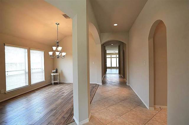 2903 Fair Chase Drive, Katy, TX 77494 (MLS #23319922) :: The Jennifer Wauhob Team
