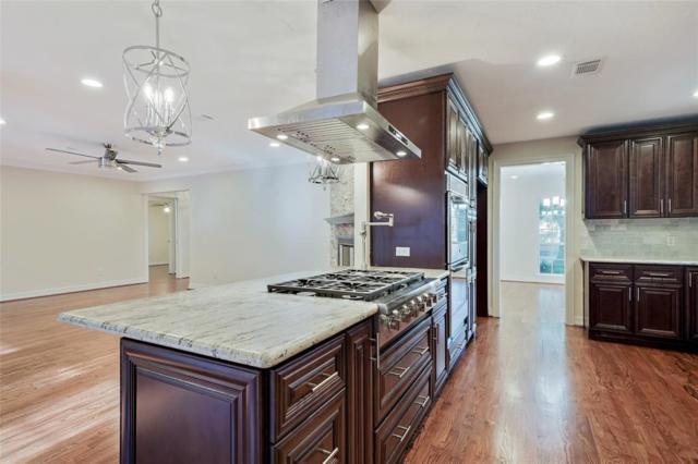 1719 Briarmead Drive, Houston, TX 77057 (MLS #23374954) :: The Heyl Group at Keller Williams
