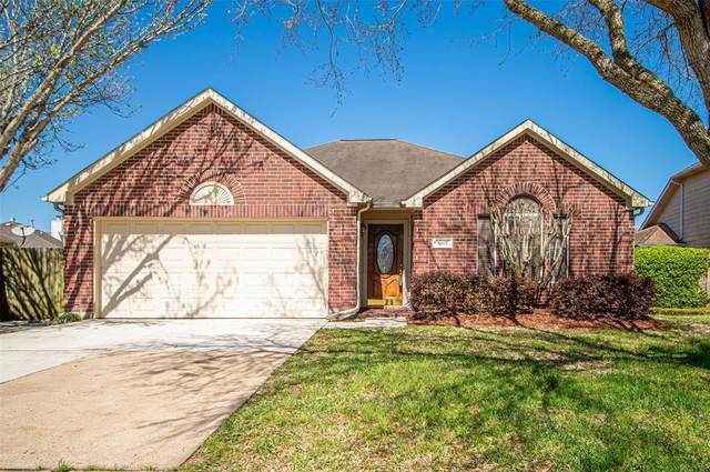 5007 Chase Stone Drive, Bacliff, TX 77518 (MLS #23387888) :: Lisa Marie Group | RE/MAX Grand
