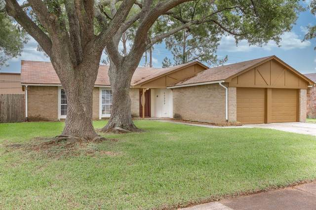 17330 Heritage Bay Drive, Webster, TX 77598 (MLS #23402047) :: Texas Home Shop Realty