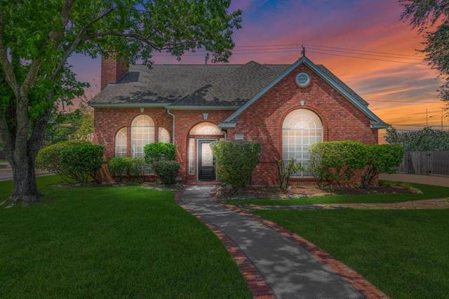 1305 Garden Court, Deer Park, TX 77536 (MLS #23427960) :: The Freund Group