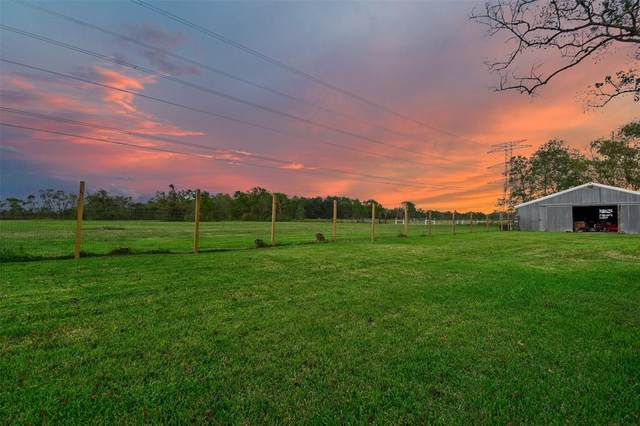 1802 County Road 936C, Alvin, TX 77511 (MLS #23442342) :: The Freund Group
