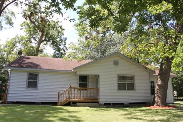 609 E Jasmine Street, Richwood, TX 77531 (MLS #23556243) :: Christy Buck Team