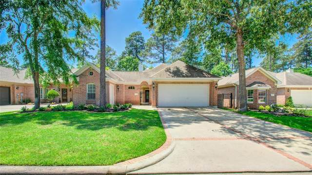 220 W Pines Drive, Montgomery, TX 77356 (MLS #23556326) :: The SOLD by George Team