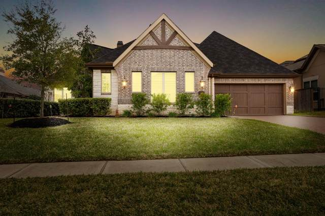 1008 Oak Stone Lane, Conroe, TX 77384 (MLS #23562326) :: CORE Realty