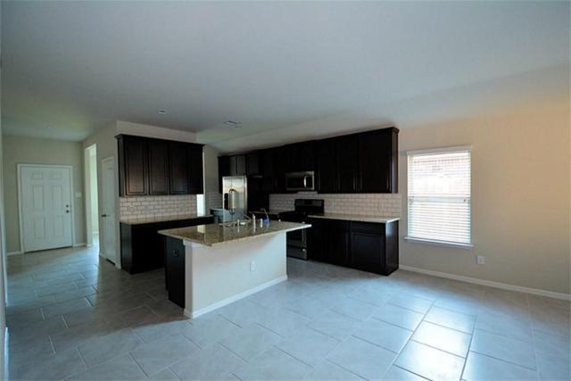 711 Harvest Bluff Lane, Rosharon, TX 77583 (MLS #23638702) :: Fairwater Westmont Real Estate