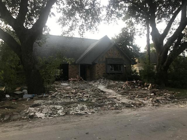 501 Old Bayou Drive, Dickinson, TX 77539 (MLS #23654425) :: Hidden Paradise Realty Team