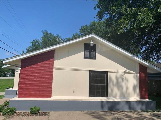 630 N 13th Street, La Porte, TX 77571 (MLS #2384242) :: The SOLD by George Team