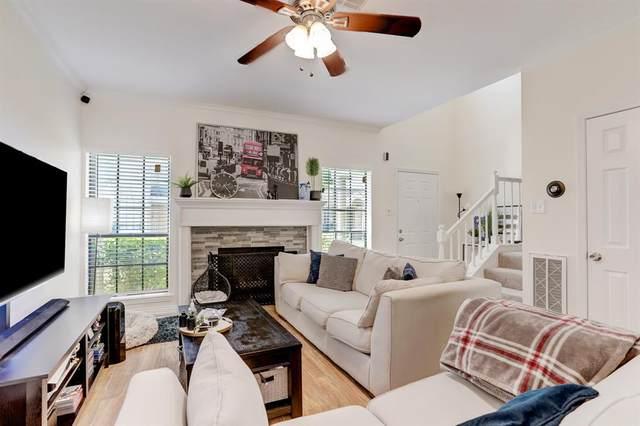 3300 Bellefontaine Street #23, Houston, TX 77025 (MLS #23844661) :: The Sansone Group