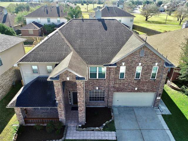 3735 Summer Cove Court, Friendswood, TX 77546 (MLS #23916051) :: Texas Home Shop Realty