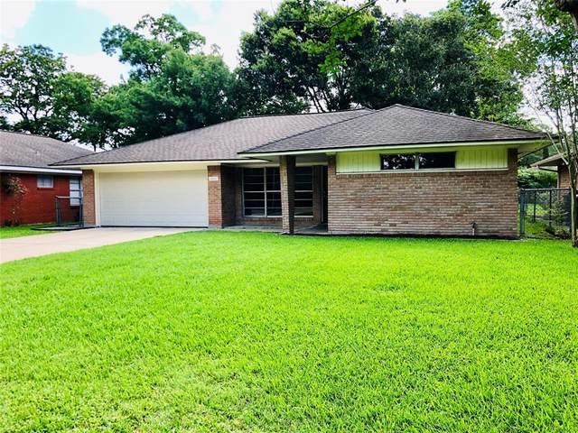 10121 Oboe Drive, Houston, TX 77025 (MLS #23978885) :: The Sansone Group