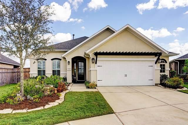 5919 Winding Terrace Lane, Fulshear, TX 77441 (#24001437) :: ORO Realty