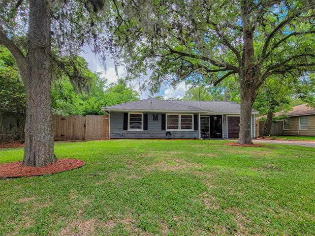 503 Elm Street, Lake Jackson, TX 77566 (MLS #24045480) :: Guevara Backman
