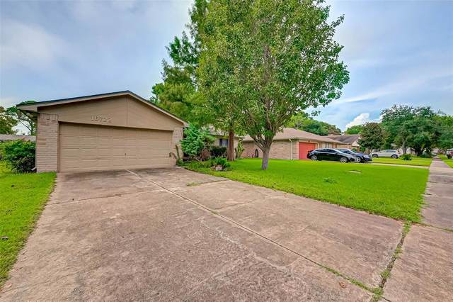 16722 Ribbonridge Drive, Sugar Land, TX 77498 (MLS #24151396) :: Caskey Realty