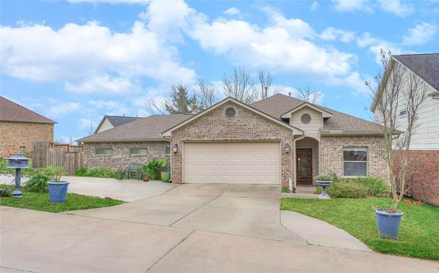 135 Harbour Town Drive, Montgomery, TX 77356 (MLS #24371131) :: Phyllis Foster Real Estate
