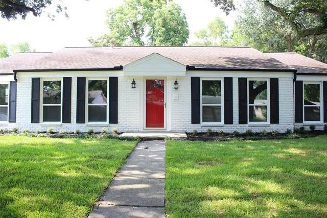 903 Fleetwood Street, Baytown, TX 77520 (MLS #2443581) :: The Home Branch