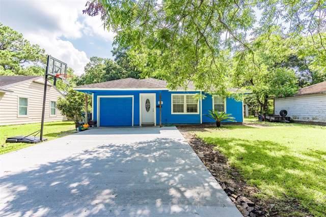 205 Mclemore Drive, Alvin, TX 77511 (MLS #24508605) :: The Sold By Valdez Team