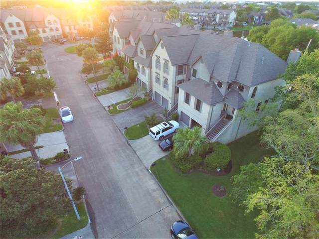 2731 Lighthouse Drive, Nassau Bay, TX 77058 (MLS #24594527) :: Ellison Real Estate Team