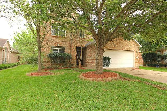 212 Green Cedar Drive, League City, TX 77573 (MLS #24601960) :: Ellison Real Estate Team