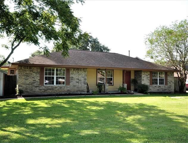 5323 Prairie Rose County Road 386 Street, Danbury, TX 77534 (MLS #24696922) :: The Freund Group