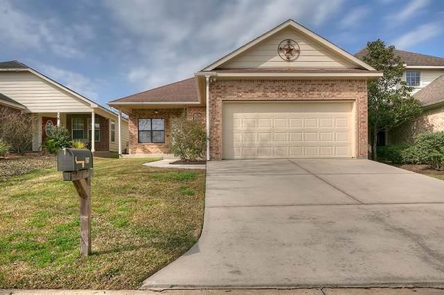 157 Snug Harbor Drive, Montgomery, TX 77356 (MLS #24713869) :: My BCS Home Real Estate Group