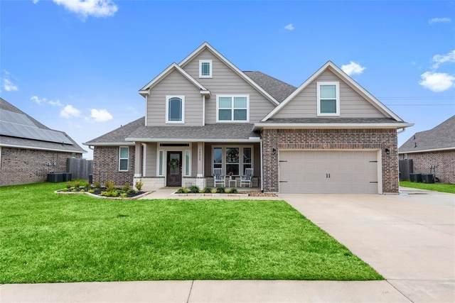 14315 Fairmont Park Lane, Mont Belvieu, TX 77523 (MLS #24843003) :: CORE Realty