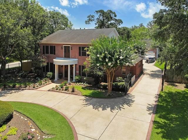 1001 Buckingham Court, Friendswood, TX 77546 (MLS #25057498) :: Rachel Lee Realtor