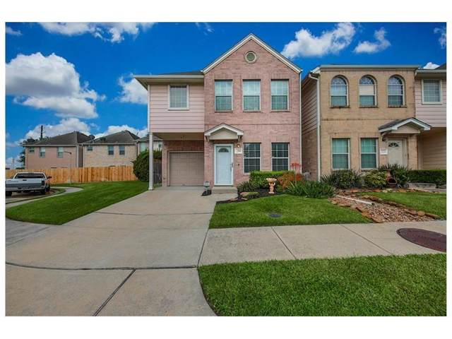 219 Plaza Del Sol Park, Houston, TX 77020 (MLS #25066009) :: Connell Team with Better Homes and Gardens, Gary Greene