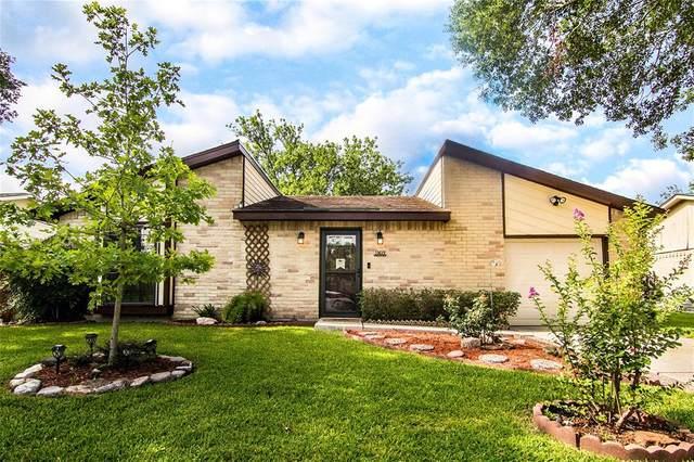 10619 Thorncliff Drive, Humble, TX 77396 (MLS #25096918) :: The Parodi Team at Realty Associates
