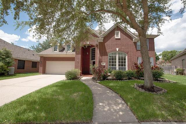 2903 Autumn Cove Court, Friendswood, TX 77546 (MLS #25214264) :: The Freund Group