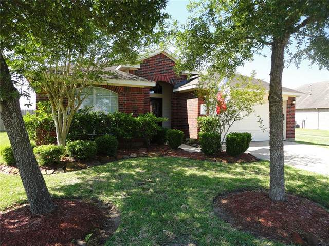 7316 Stonelick Court, Pearland, TX 77584 (MLS #25350389) :: NewHomePrograms.com LLC