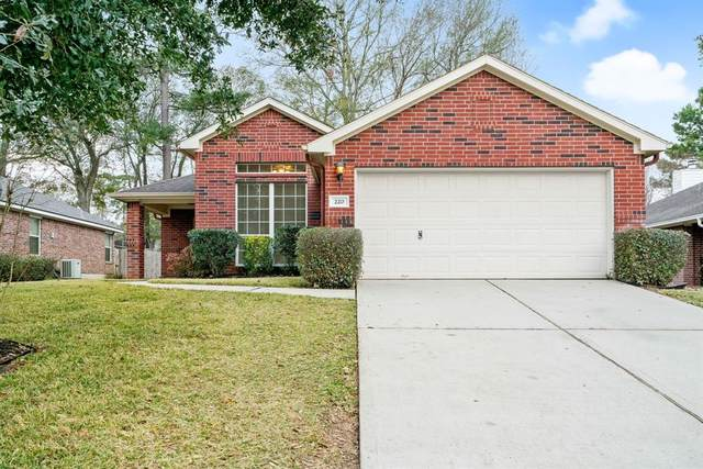 220 Sunset Path N, Conroe, TX 77316 (MLS #25357806) :: The SOLD by George Team