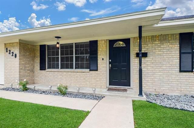 1220 Appling Street, El Campo, TX 77437 (MLS #25360657) :: The Heyl Group at Keller Williams