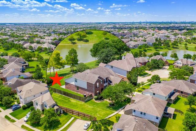 2710 Catalina Shores Drive, Pearland, TX 77584 (MLS #25415786) :: The Queen Team