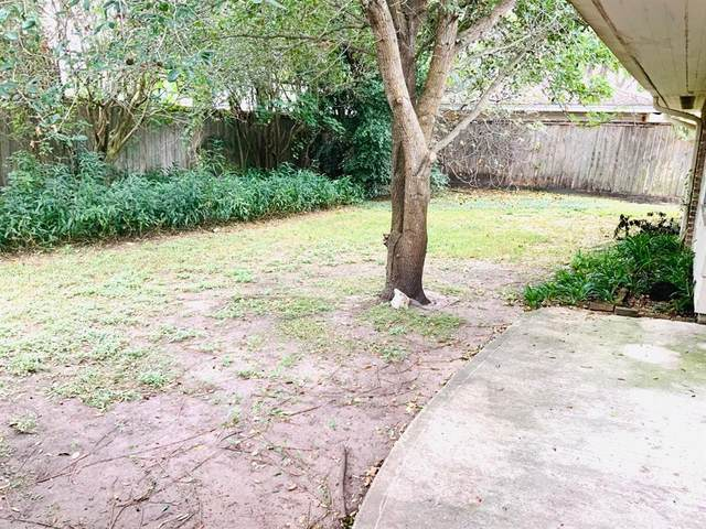 4926 Dumfries Drive, Houston, TX 77096 (MLS #25426530) :: Michele Harmon Team