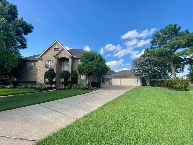 1413 Pine Forest Drive, Pearland, TX 77581 (MLS #25431435) :: Bay Area Elite Properties